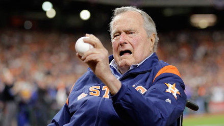 """George H. W. Bush llamó """"fanfarrón"""" a Trump y confirmó que votó por Clinton"""