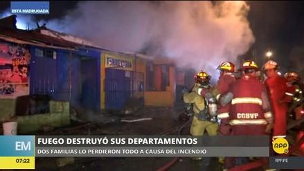 Un incendio consumió dos viviendas en Ate