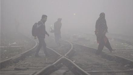 Nueva Delhi bajo una niebla de contaminación que causa alarma