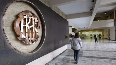 El BCR redujo la tasa de interés de referencia a 3.25%