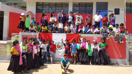 Alumnos de zona andina enviaron emotivo saludo a la selección