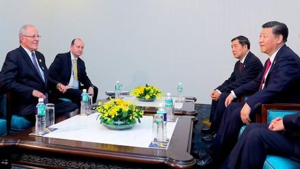 PPK se reunió con el presidente de China, Xi Jinping, en la cumbre APEC