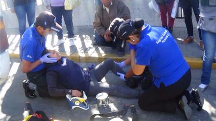 Cobradora de custer resulta herida tras choque de dos vehículos