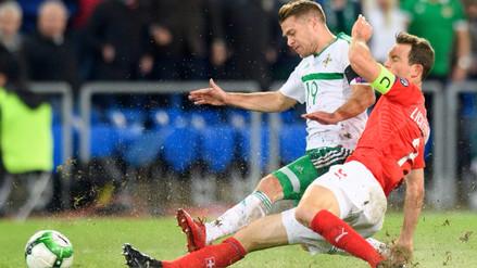 Suiza empató sin goles ante Irlanda del Norte y clasificó a Rusia 2018