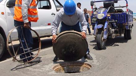 Epsel sigue reponiendo tapas de buzones en Chiclayo Metropolitano