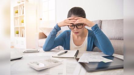 ¿De qué se trata el estrés financiero?