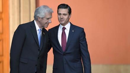 Peña Nieto es blanco de burlas en las redes sociales al confundir Uruguay con Paraguay