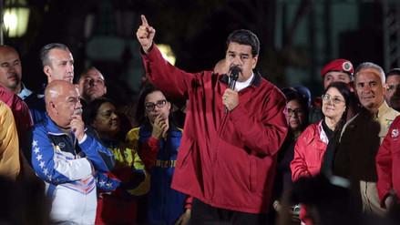 Maduro exige que oposición pida a EE.UU. levantar sanciones financieras