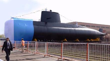 Buscan submarino argentino con 44 tripulantes incomunicado hace dos días