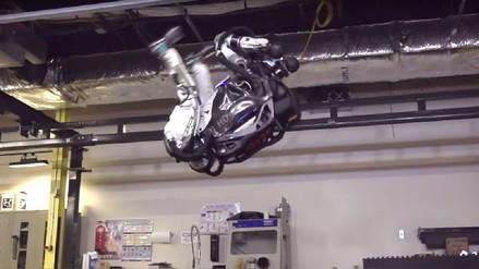 El robot Atlas, más ágil que nunca, aprendió a hacer el salto mortal