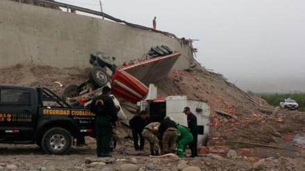 Cuatro heridos dejó despiste de tráiler en Sayán