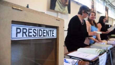 Los chilenos en el exterior votan por primera vez en comicios presidenciales