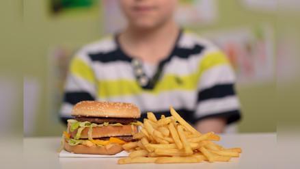 ¿Qué hacer si mi hijo está con sobrepeso?