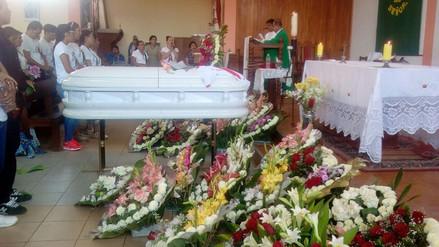 Murió mujer que cayó de camioneta tras celebración de Perú al mundial