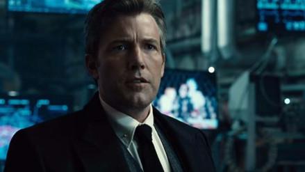 Ben Affleck recibe factura de Warner por hurtar un batarang