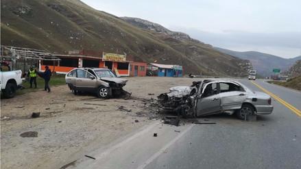 La Oroya: Un muerto deja choque entre un auto y una camioneta