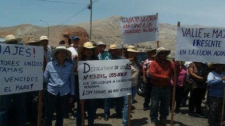 Agricultores protestan exigiendo prohibir la importación de arroz