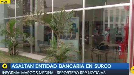Delincuentes asaltaron banco en Surco a balazos