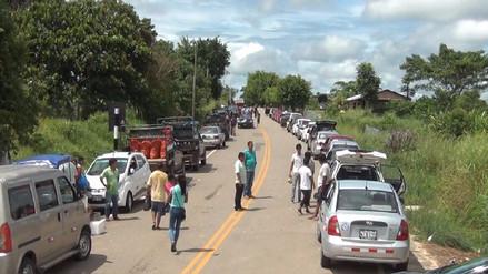 Productores arroceros bloquean carretera Yurimaguas - Tarapoto