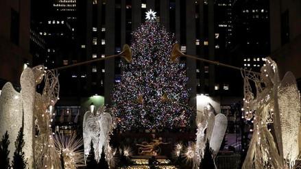 Encienden el tradicional árbol de Navidad del Rockefeller Center
