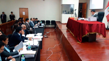 Representantes de empresas peruanas socias de Odebrecht entregaron pasaportes al juez