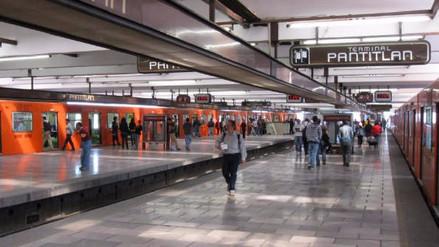 Un anciano murió en el metro de la Ciudad de México y todos pensaron que dormía
