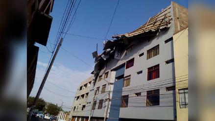Techo de hotel cayó por fuertes vientos en Trujillo