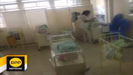Mujer abandona a bebé en casa de vecina que no le pagó préstamo