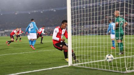 Renato Tapia fue titular en el triunfo del Feyenoord por la Champions League