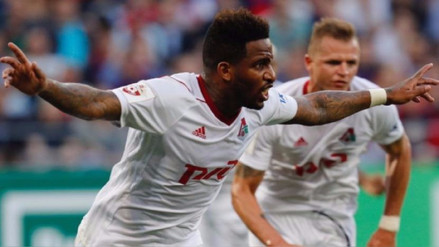 Jefferson Farfán anotó un golazo de 'sombrerito' en la Europa League