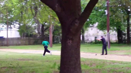 20 años de prisión para policía que mató a un afroamericano desarmado en EE.UU.