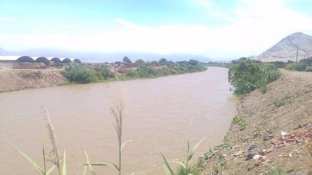 Trujillo: Damnificados persisten en vivir a orillas de río Moche