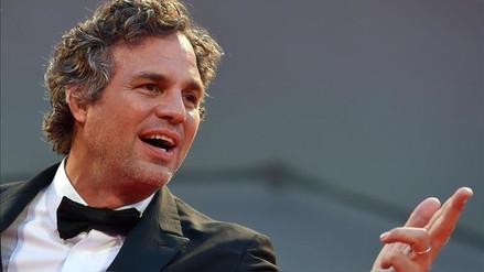 Más estrellas de Hollywood siguen apoyando a niño víctima de bullying