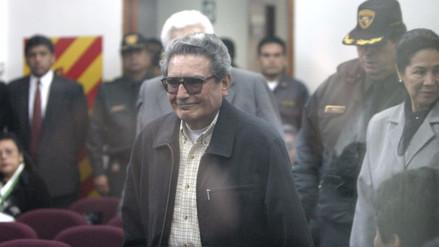 Sala Penal sancionó a Abimael Guzmán por amenazar a procuradora