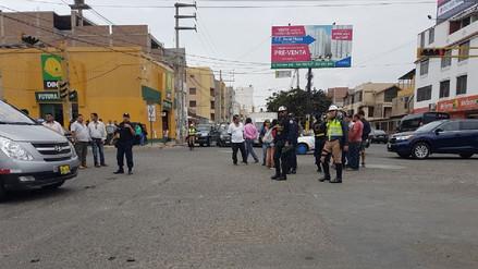 Trujillo: Motociclista muere al impactar contra un taxi