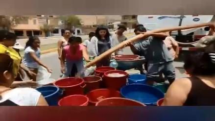 VÍDEO: Vecinos se enfrentan por conseguir agua en Ventanilla