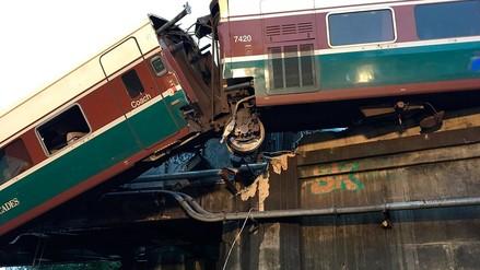 Un tren se descarriló en Washington y dejó seis muertos