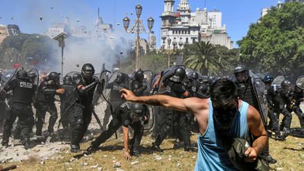 Violencia en Buenos Aires se recrudece durante debate por la reforma de pensiones