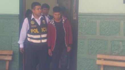 Detienen a dos soldados acusados de robo y agresión a estudiante