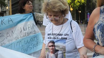 El Gobierno argentino destituyó al jefe de la Armada tras la desaparición del submarino