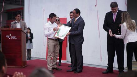 IPD otorgó a Piccolo Clemente los Laureles Deportivos