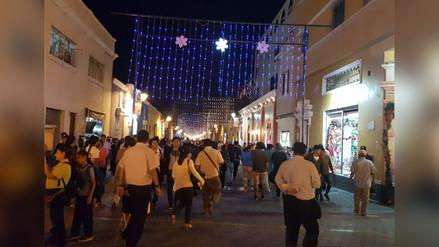 Así vive Trujillo la inauguración del Festival de Luces y Colores