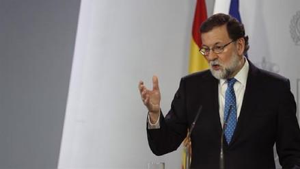 Mariano Rajoy ofrece diálogo al nuevo Gobierno catalán siempre dentro de la ley