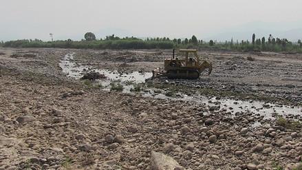 Inician trabajos de descolmatación en el río Chancay