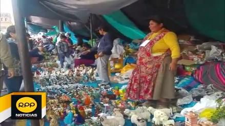 Plaza Mayor del Cusco fue escenario del tradicional 'Santurantikuy'