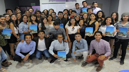 Estudiantes de la UNPRG presentan revista con enfoque medioambiental