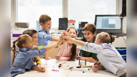 Los países que promueven el trabajo en equipo dentro del aula