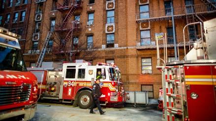Un niño de tres años causó el peor incendio en Nueva York en 25 años