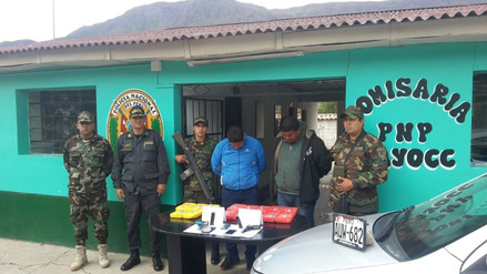 Capturan a policía y un civil con armas y 15 kilos de droga