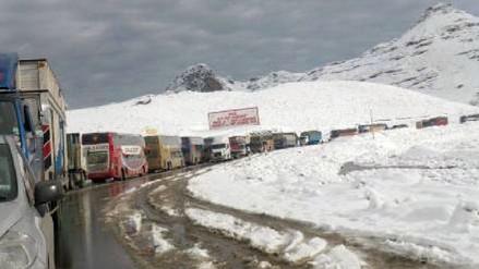 Ticlio: pase restringido en la Carretera Central por caída de nevada